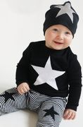 Cap with reflective star, black